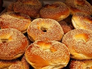 bakery-bagel-sesame